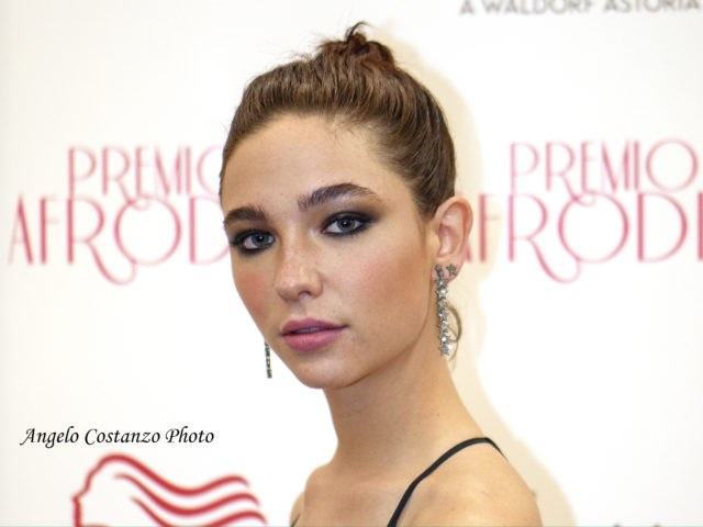Matilda De Angelis premio Afrodite migliore attrice emergente